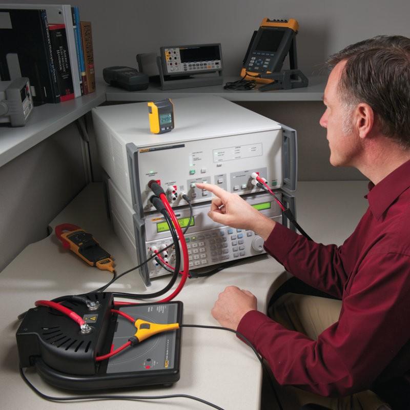 Amplificador de transconductancia 52120A
