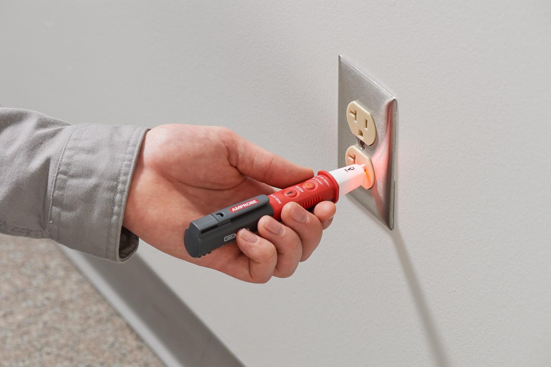Detector de tensión sin contacto Amprobe NCV-1030