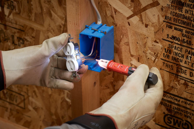 Detector de tensión sin contacto Amprobe NCV-1040