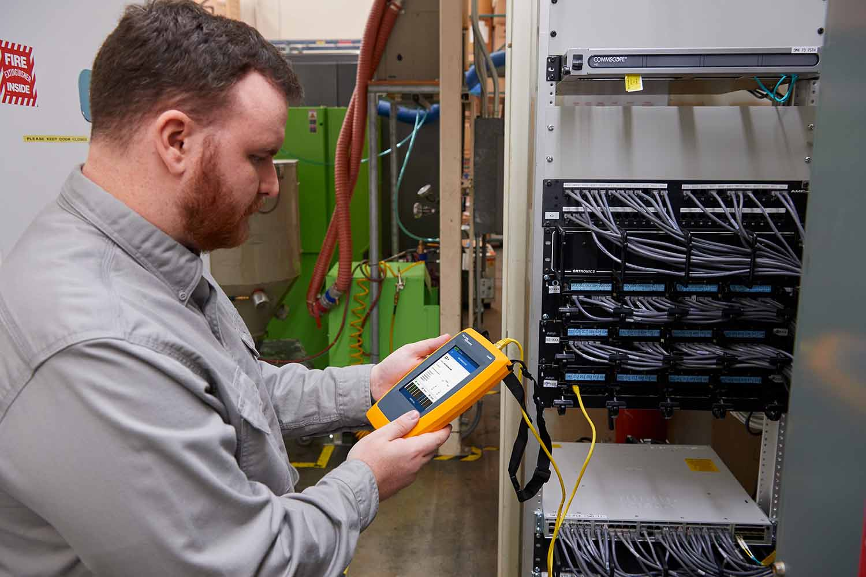 ¿Cuándo se necesita un comprobador de cables y de red?